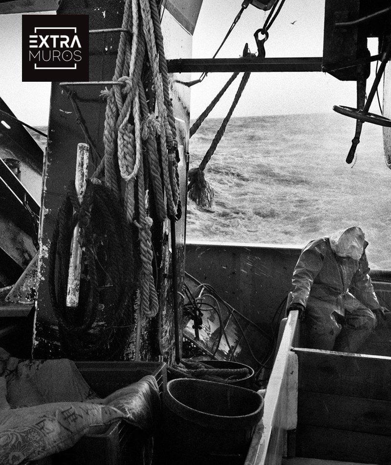 affiche du film Vents contraires : une histoire de la pêche française